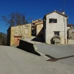 Una vista de l'intrada dau vilage